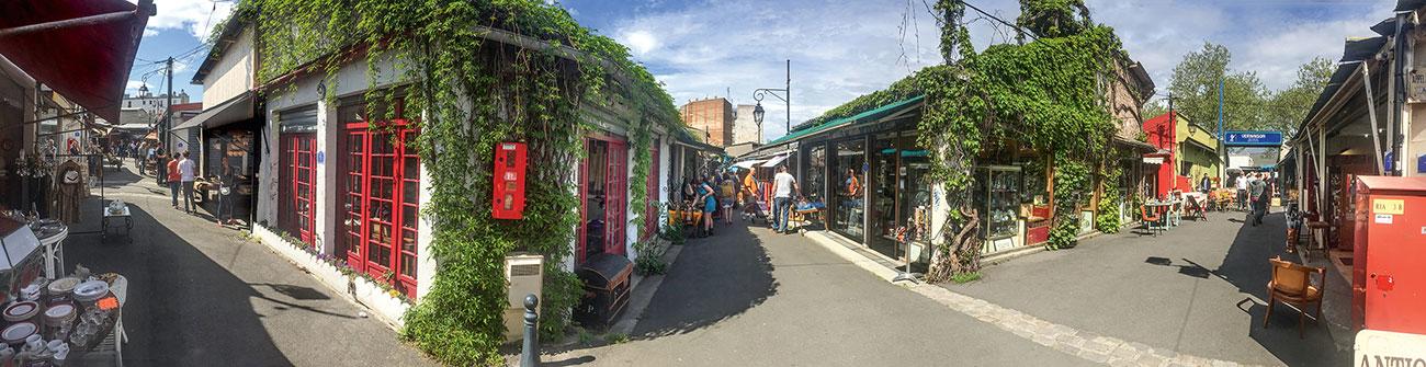 vue panoramique du marché aux puces Vernaison